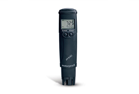 pH/EC/TDS/TEMPERATURE METER HR W/ATC COMBINATION