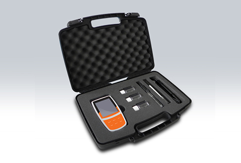 Portable Conductivity/Dissolved Oxygen Meter